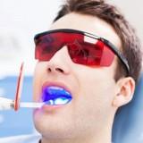دندانپزشکی با لیزر: کاربرد انواع لیزر در دندانپزشکی