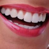 جرم گیری و بروساژ دندان؛ روش ها، عوارض و هزینه